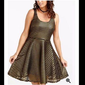 3/30$ Gold Sleeveless cocktail Dress, scoop neck